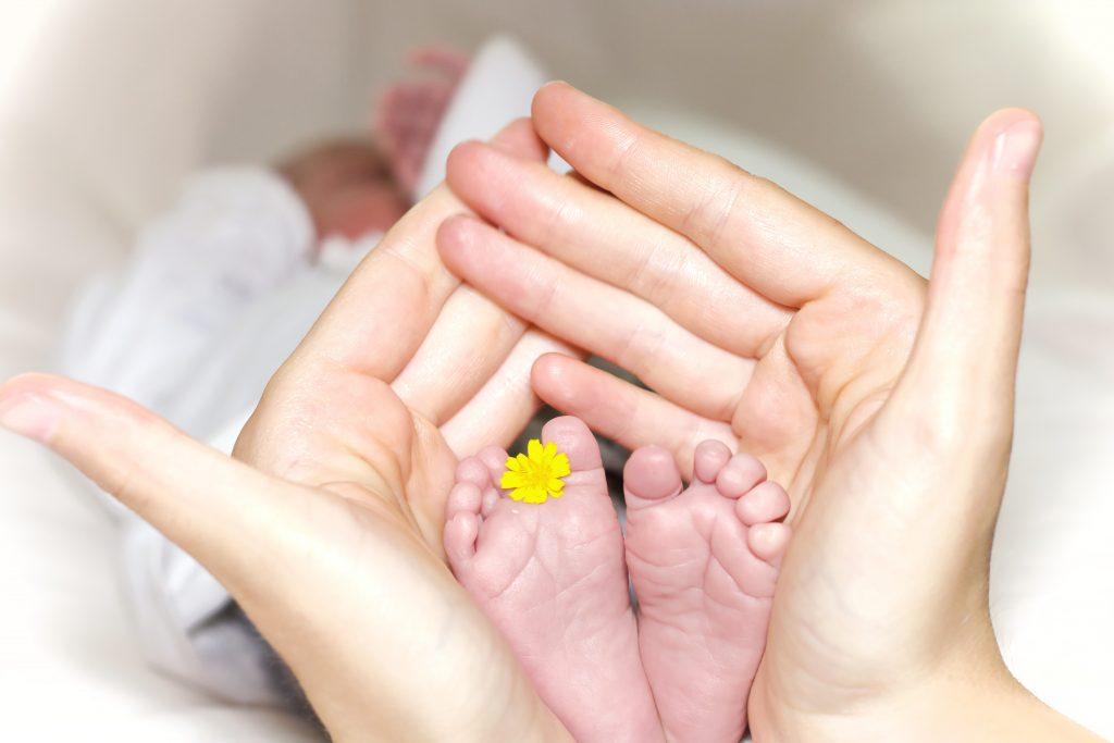 Wunder Po Baby Kleinkind Foto:Manuel Schinner bei Unsplash