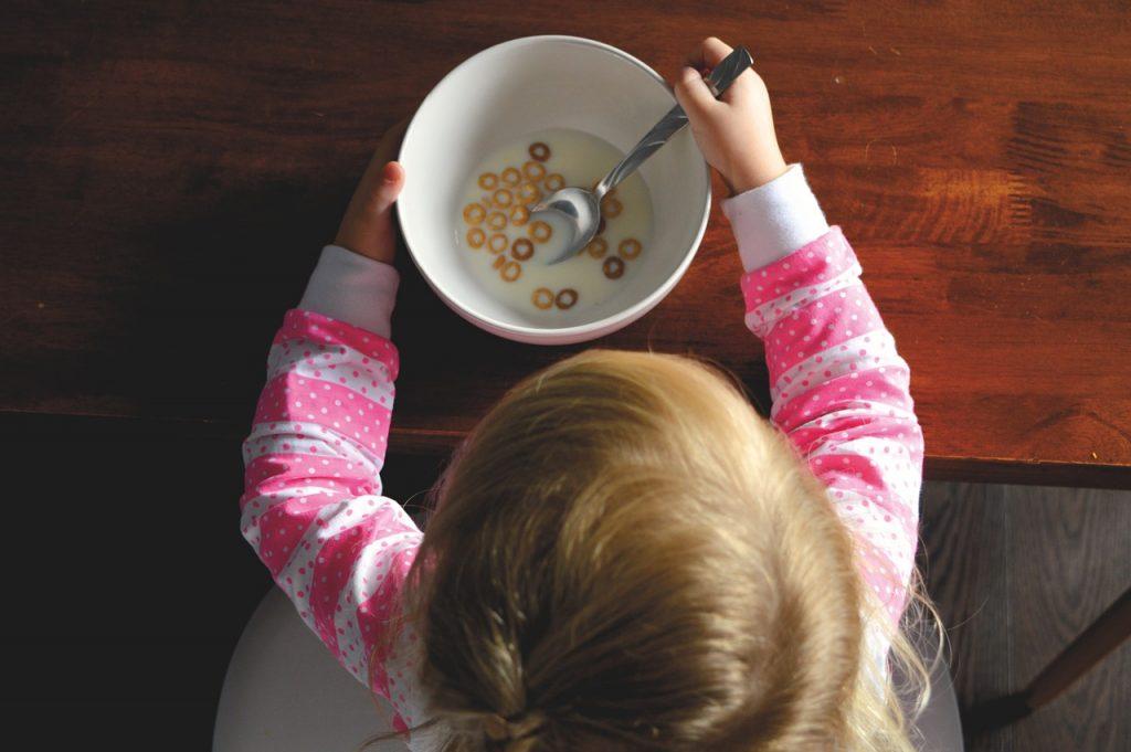 Baby Zucker Zuckerfrei Müsli Kleinkind gesunde ernährung CC0 Creative Commons Foto: Pixabay