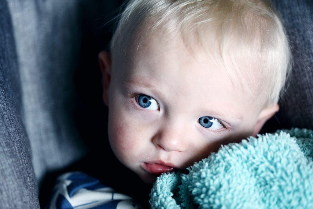 Babyratgeber Zahnpflege Zahnschäden vorbeugen durch Milchzahnpflege von Anfang an Foto:Sharon McCutcheon bei Unsplash