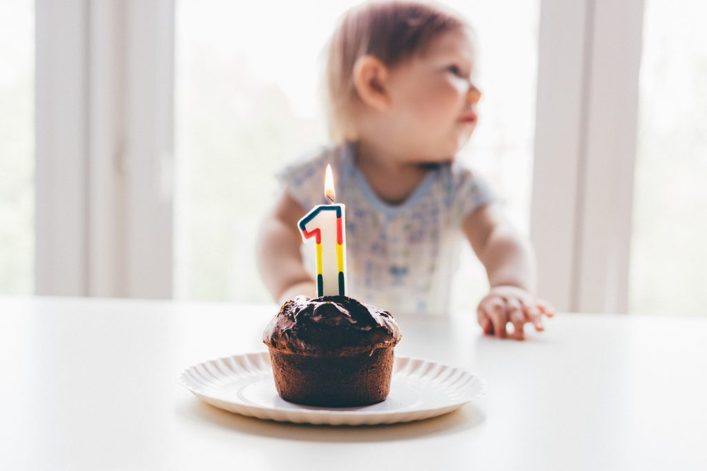 Die schönsten Ideen für den ersten Kinder Geburtstag Foto: freestocks.org / Unsplash