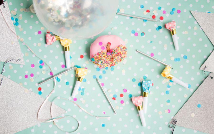 Tipps für den 2. Geburtstag für kleine Geschenke - Foto: S O C I A L . C U T / Unsplash