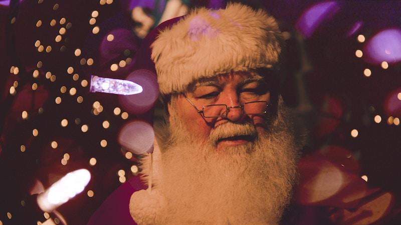 Nikolaus kommt nach Hause - Bei Nikolaus freuen sich die Kinder - Foto von Srikanta H. U bei Unsplash